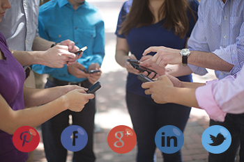 How to Create an Engaging Social Media Presence in Your Community